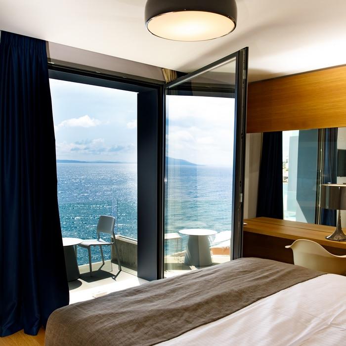 BuzeHotel - Room View