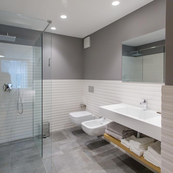 BuzeHotel - Bathrooms